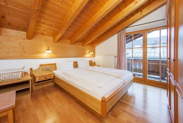 Ferienwohnung Hausberg - Schlafzimmer